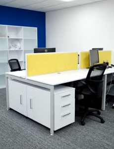 Рабочее место в офисе компании Be Consulting