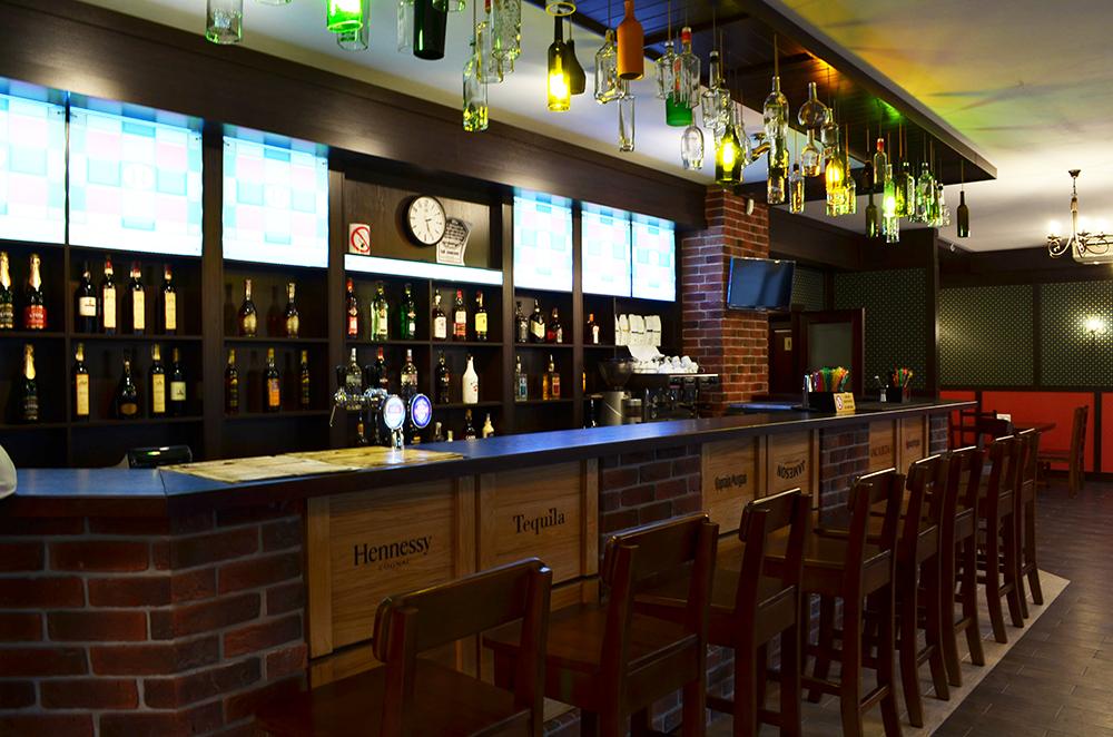 Банрная стойка ресторана Roman'S