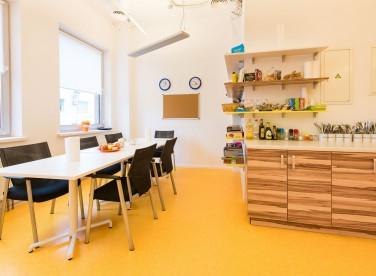 Кухня в офисе компании Дата Робот