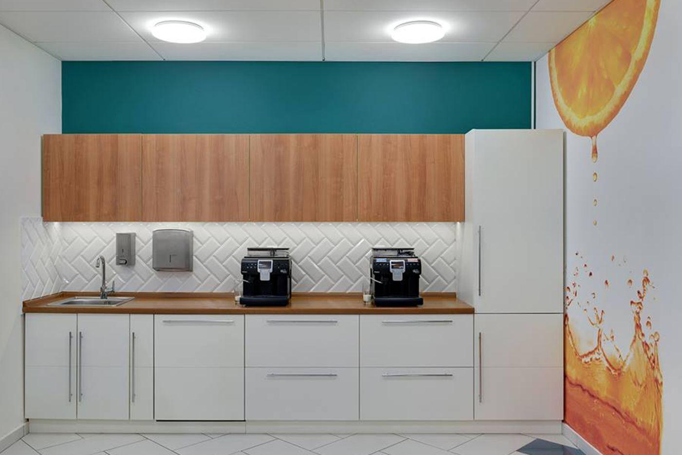 почти всегда кухонный блок разрабатывается уникальным